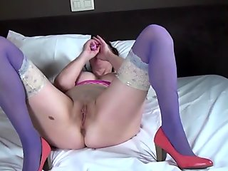 Mature slutty mom and wife in purple stockings