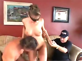 Cuckold wife gets group facial