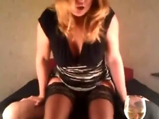 Hot Amateur Woman With Pantyhose Ride Her Partner