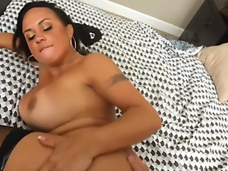 Mariah Milano & Alec Knight in Housewife 1 on 1