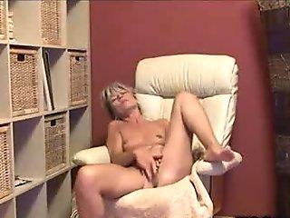 Pretty Milfs Private Webcam Finger Fuck