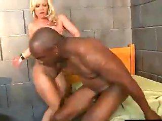 (austin taylor) Milf Enjoy Riding Huge Black Dick On Cam movie-09