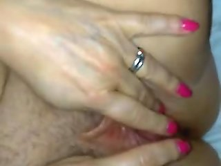 iMy wife loves hot cum spurting on her cunt