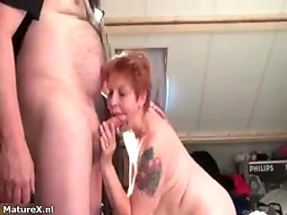 Nasty mature housewive sucks and kisses