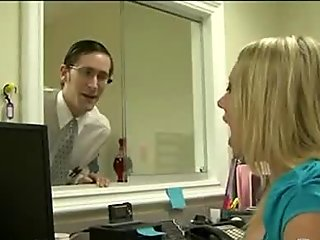 Sex at the office 272