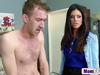 Mature India Summer and Veruca James team up to share a dong