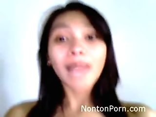 Pretty Indonesian Teen Smiling and Enjoy Fuck